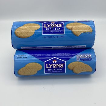 Lyons Rich Tea Biscuits (2 packets) Gallery Image 0